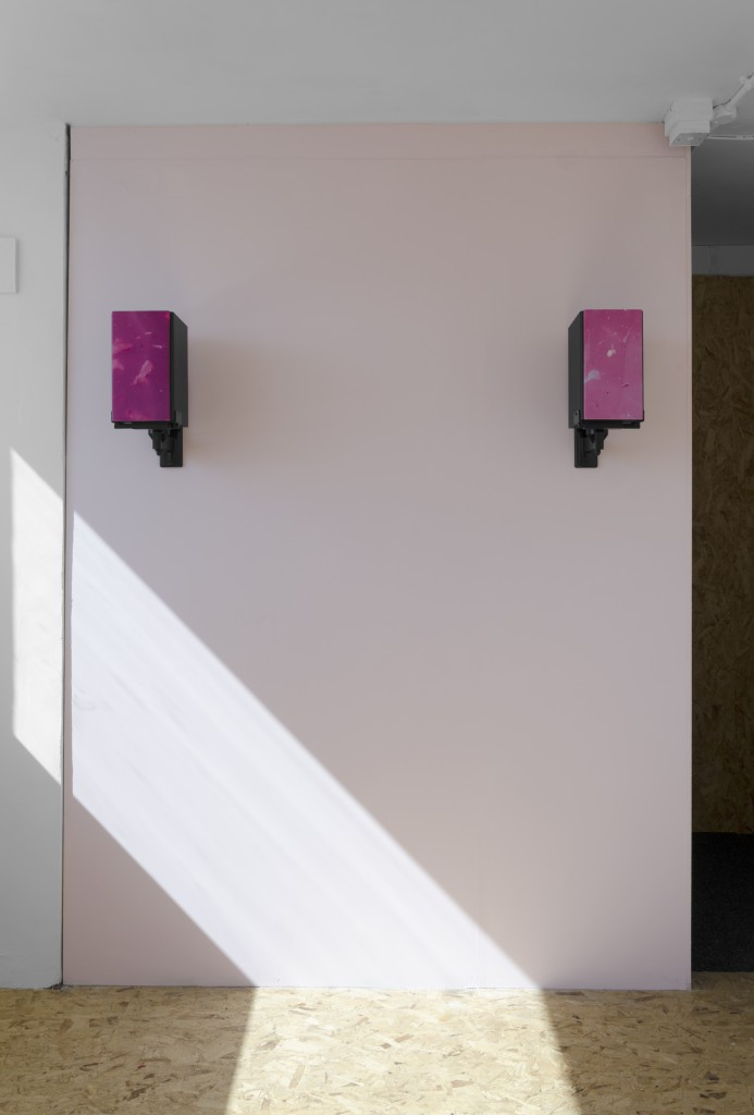 speakers02